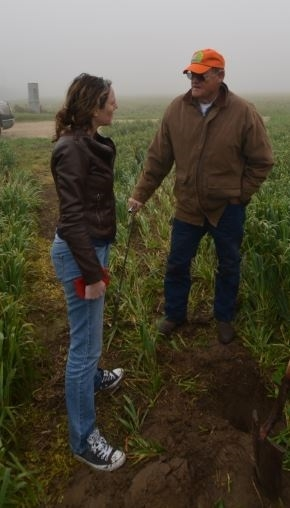 Dr. Amelie Gaudin (left) visiting the no-till dairy silage field of Turlock, CA farmer, Michael Crowell.