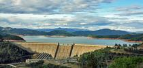 Shasta Lake in 2009. El Niño precipitation may help refill the lake after four years of drought. (Photo: CC BY 3.0 by Apaliwal via Commons) for Green Blog Blog