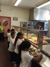 Children at Ygnacio Elementary School in Concord pick up lunch from a new serving counter.
