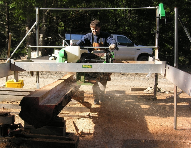 Milling tanoak with a Lucas Mill