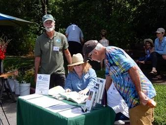 Master Gardeners at the Healdsburg Farmers Market