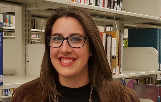 Lisa Vallen, UCCE archivist at UC Merced.