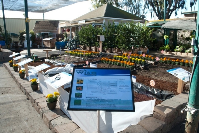 San Diego Master Gardeners regularly staff booths at community events.