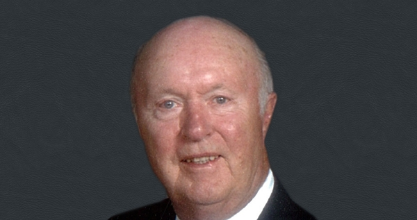 Headshot of former ANR vice president Kenneth R. Farrell