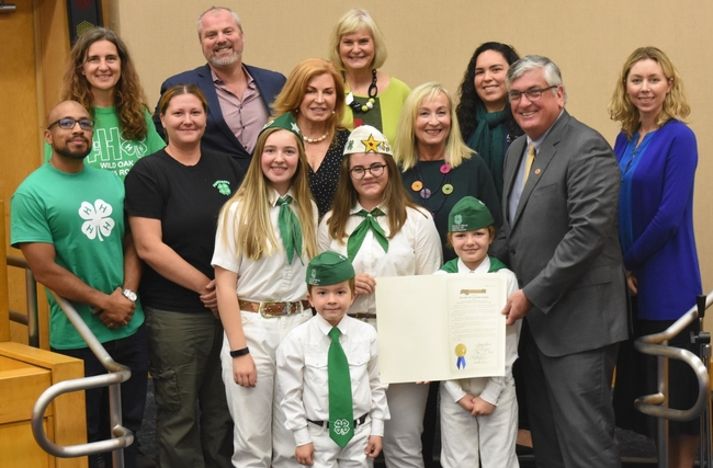 Sonoma 4-Hers meet the Board of Supervisors (Photo courtesy of Steven Worker)