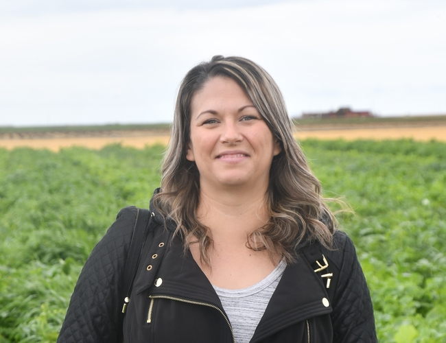 Pamela Rodriguez of CDFA's Organic Program in Fresno, CA visited CASI's NRI Project field in Five Points, CA on February 15, 2019