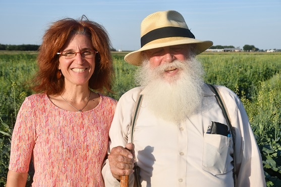 Gwen Grelet of New Zealand's LandCareResearch and Tom Willey of CASI at the NRI Project field in Five Points, CA June 12, 2019