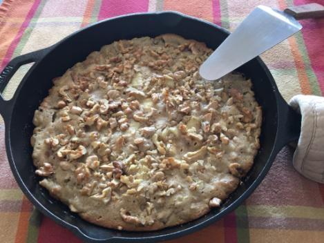 Recipes AppleWalnutSkilletBrownie01
