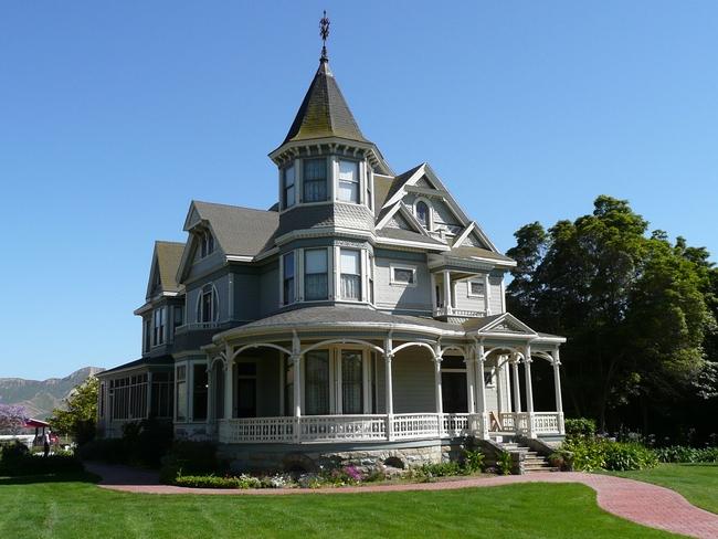 273d Falkner farmhouse