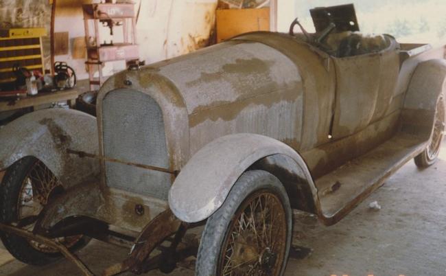 blog Marmon restoration9Pre) 001