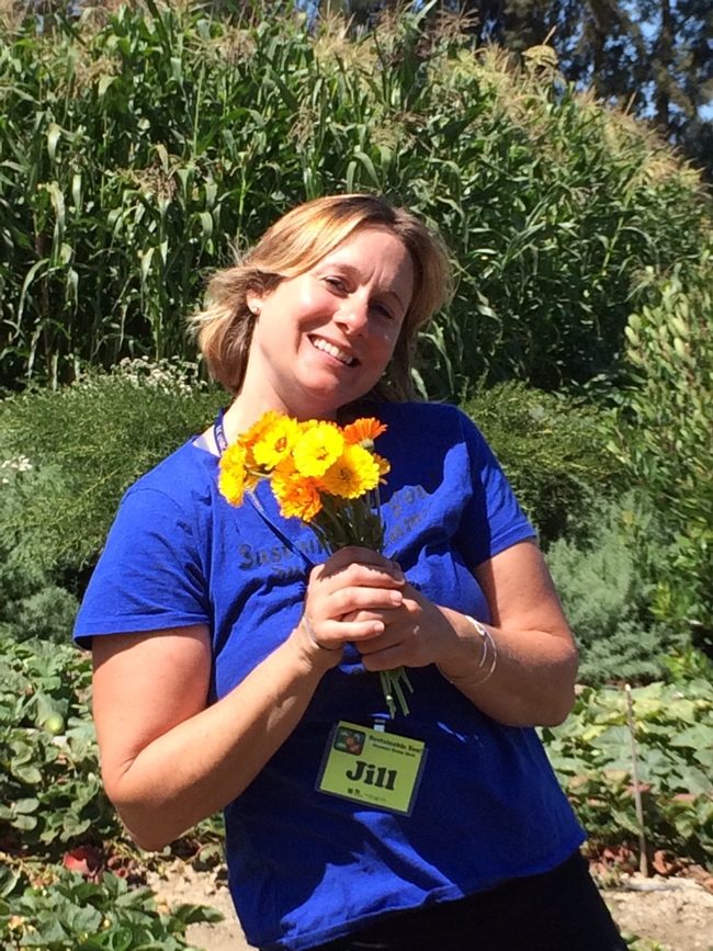 City of Ventura Environmental Educator, Jill Sarrick, extends the program. Sustainable You! Summer Camp is a collaboration with the City of Ventura