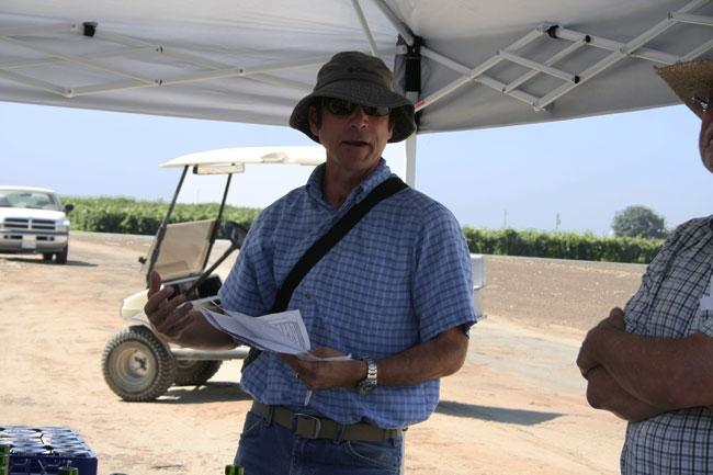 Matthew Fidelibus speaks at mid-summer wine tasting.