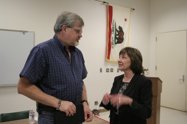 Jeff Dahlberg, director of the Kearney Agricultural Research and Extension Center, left, with Karen Ross, CDFA secretary.