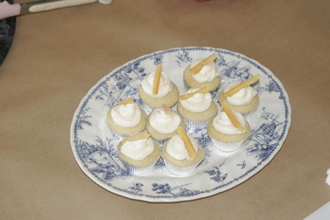4H Samantha's cupcakes