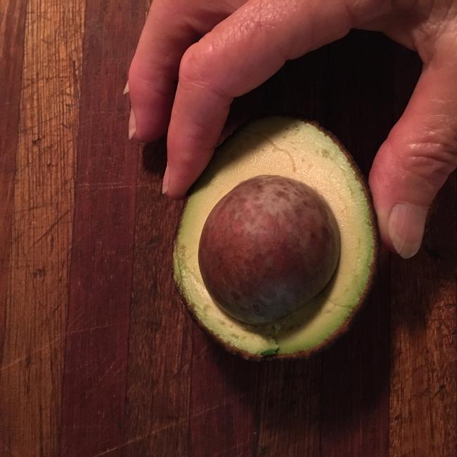 avocado big seed