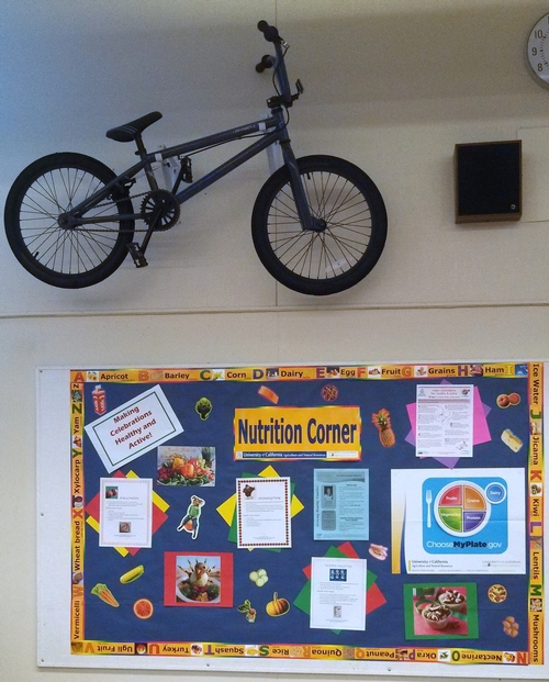 4th and 5th grade students at Calwa who earn good grades, also have the opportunity to earn a bike from Off the Front.