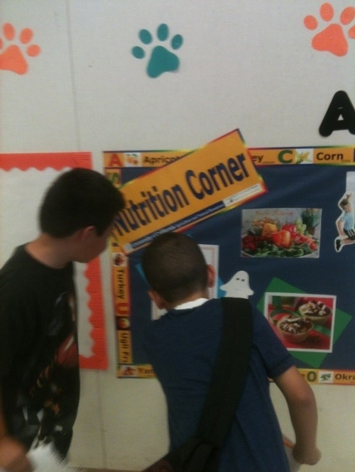 Each time a nutrition corner goes up, students flock to see what its all about. Engage your students in nutrition by starting one at your school!