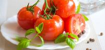 Tomatoes are popular in home gardens. (Pixabay) for Pests in the Urban Landscape Blog