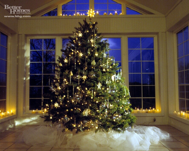 Beautiful Christmas tree. (photo courtesy of Better Homes and Gardens website)