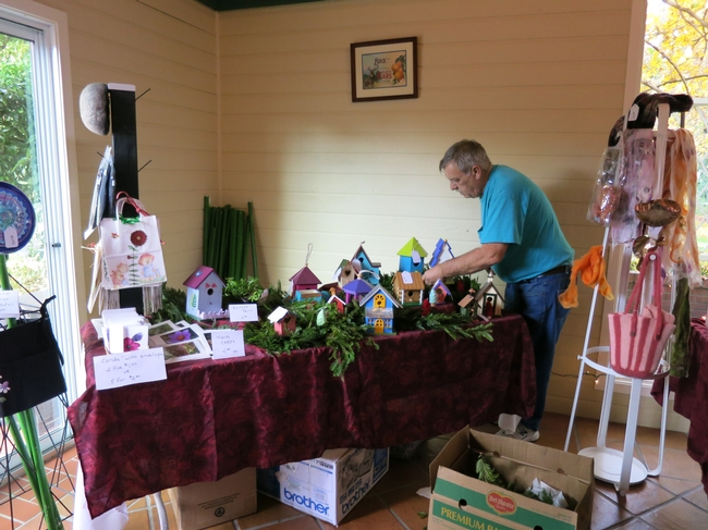 Dave H staging the MarketPlace last year. (photo by Jennifer Baumbach)