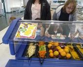 Un programa exitoso de la Granja a la Escuela implica más que tener una barra de ensalada.