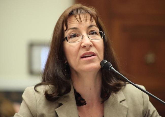 Lorrene Ritchie, directora del Instituto de Política de Nutrición, testifica en una audiencia del congreso acerca de las estrategias para reducir la obesidad infantil en EUA.