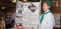Maya Ferris, responde a las preguntas durante el Día de Presentación  de 4-H del condado de Solano. (Fotografía de Kathy Keatley Garvey). for Blog de Alimentos Blog