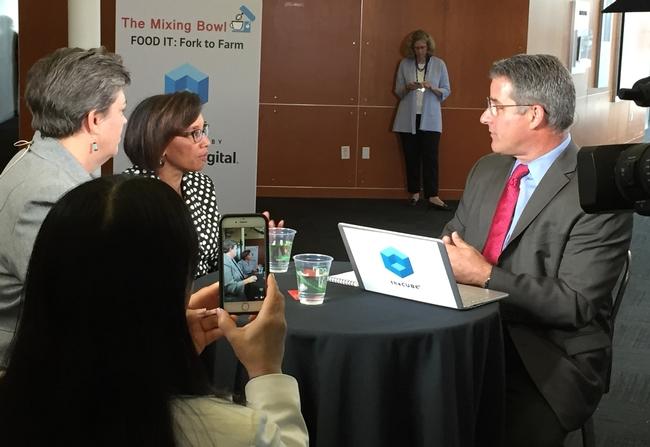 The Cube entrevistó a Glenda Humiston y Helene Dillard sobre los cambios que está adoptando la UC para abordar los nuevos retos relacionados con el sistema alimentario.