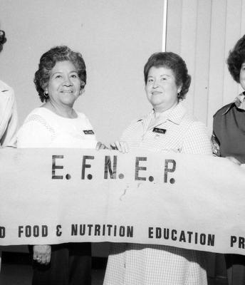 ¡Celebrando 50 años de EFNEP!