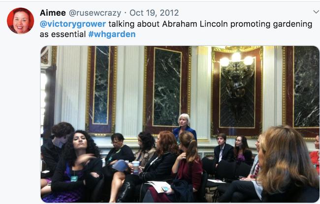 Siendo una historiadora de renombre nacional, Hayden-Smith fungió como miembro del grupo asesor de USDA People's Garden y promovió los esfuerzos a favor de los huertos escolares, caseros y comunitarios.