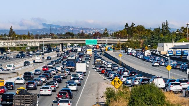 La orden de quedarse en casa redujo el tráfico, pero no han tenido efecto en las concentraciones de partículas finas, un importante contribuyente a la contaminación del aire.