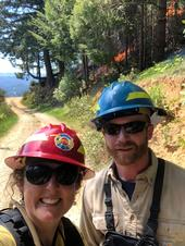 UCCE advisors Lenya Quinn-Davidson and Jeffrey Stackhouse at a prescribed burn in Humboldt County.
