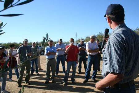 UCCE farm advisor Bill Krueger welcomes growers to a field day at the Nickels Soil Lab in Colusa County.