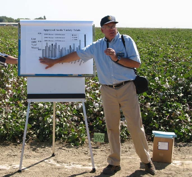 Brian Marsh is the director of UC Cooperative Extension in Kern County and a agronomy farm advisor.