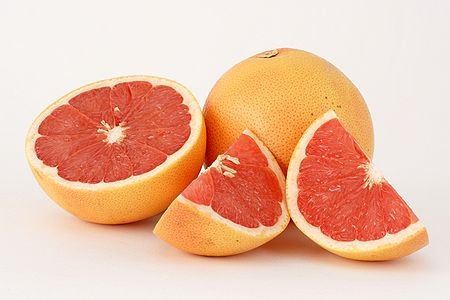 Pink grapefruit (Photo: Wikimedia Commons)