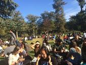 Students eat lunch on the West Quad at UC Berkeley. (Photo: SERC at UCB)