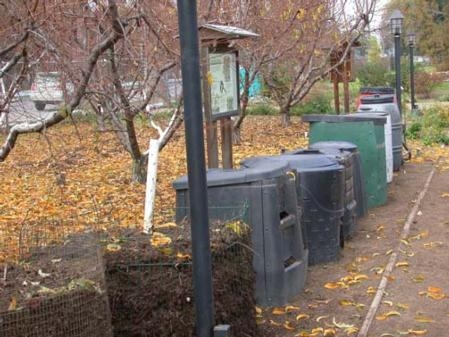 Evans says winter is a good time to compost. Above, an MG compost demonstration.