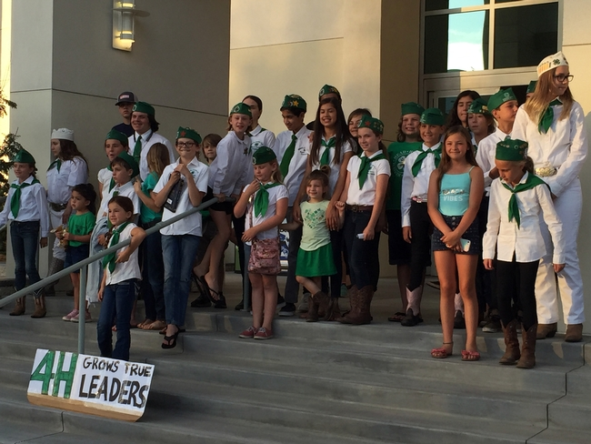 4-H members made a strong showing at the Riverside Board of Supervisors meeting. (Photo: Jose Aguiar)