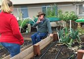 UC Master Gardener Steven Cantu, center, teaches San Diego County residents about Friendly Inclusive Gardening (FIG). (Photo: San Diego UCCE)