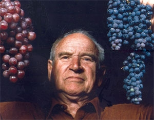 UC Davis viticulture professor Harold Olmo.