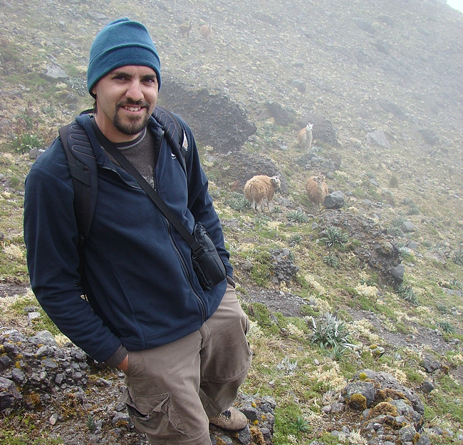 Nathan Muchhala is a postdoctoral scholar in the Department of Biological Sciences, University of Nebraska, Lincoln