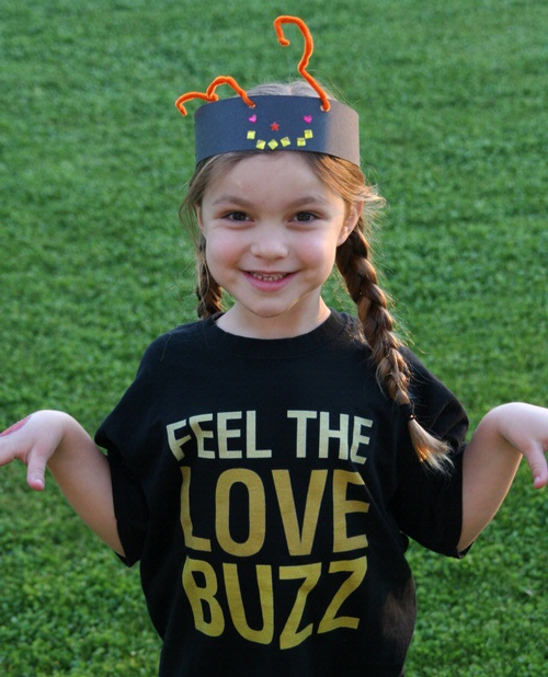BEE CRUSADER--Katie Brown, 6, of Phoenix, Ariz., loves bees and just donated $20 from her allowance savings to the UC Davis honey bee research program.