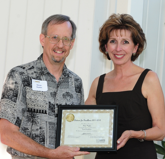 Bohart senior museum scientist Steve Heydon with Chancellor Linda Katehi. (Photo by Kathy Keatley Garvey)