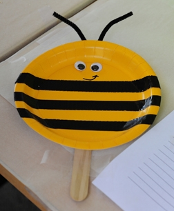 Children can make this bee art on Sunday from 1 to 3 p.m. in the Floriculture Building. (Photo by Kathy Keatley Garvey)