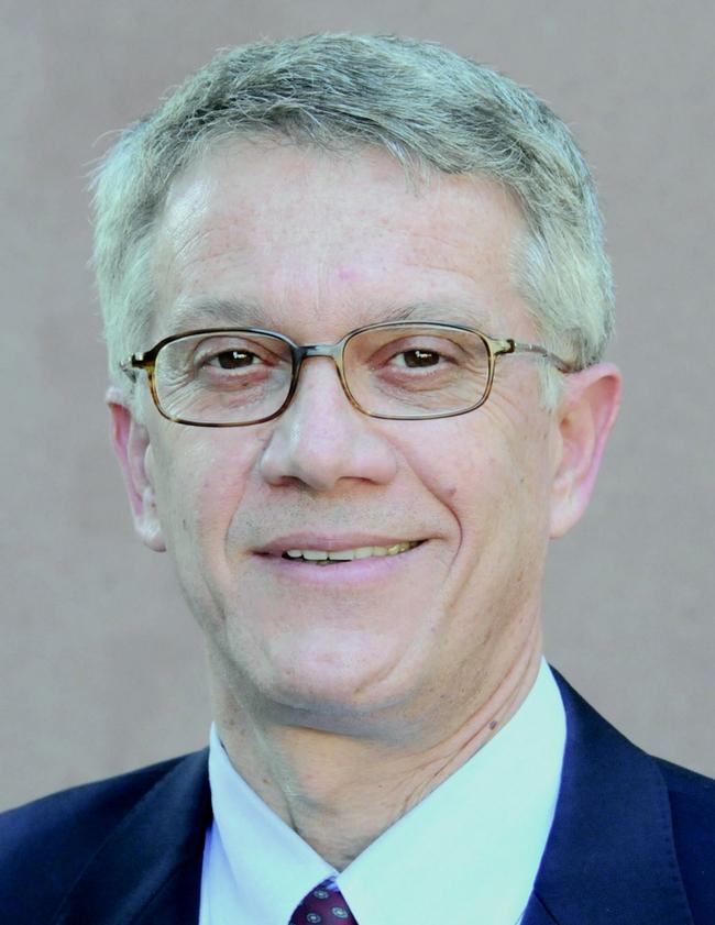 Professor Walter Leal, coordinator
