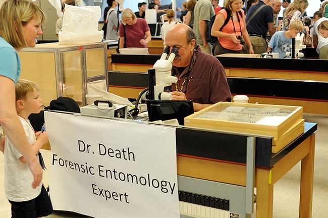 Forensic entomologist Bob Kimsey portrays