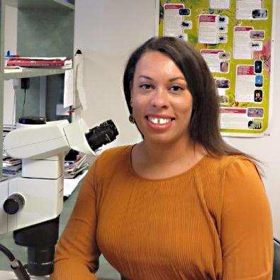 Evolutionary biologist Mercedes Burns