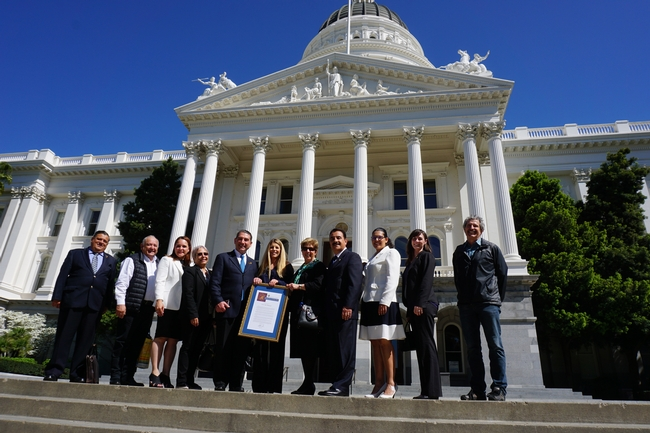 Mexican dignitaries and UC ANR 4-H leadership accepted a resolution from the California State Senate.
