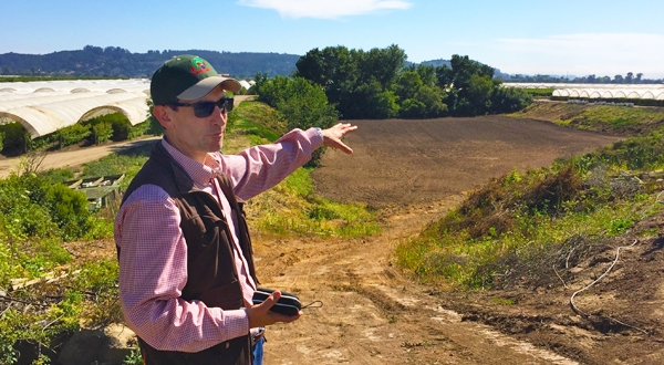 Andy Fisher describing a managed aquifer recharge project in the Pajaro Valley of California. Photo by Michael Kiparsky.