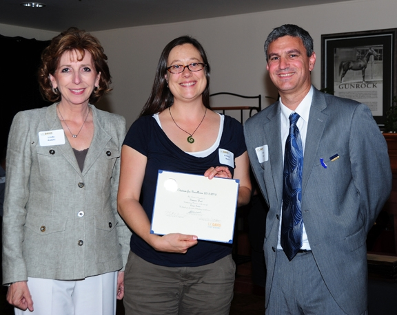 Kimiora Ward (center) with Chancellor Linda Katehi and Staff Assembly Chair Rob Kerner. (Photo by Kathy Keatley Garvey)